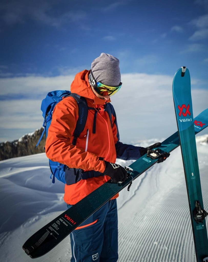 Skitouringausrüstung-das-braucgst-du-foto3